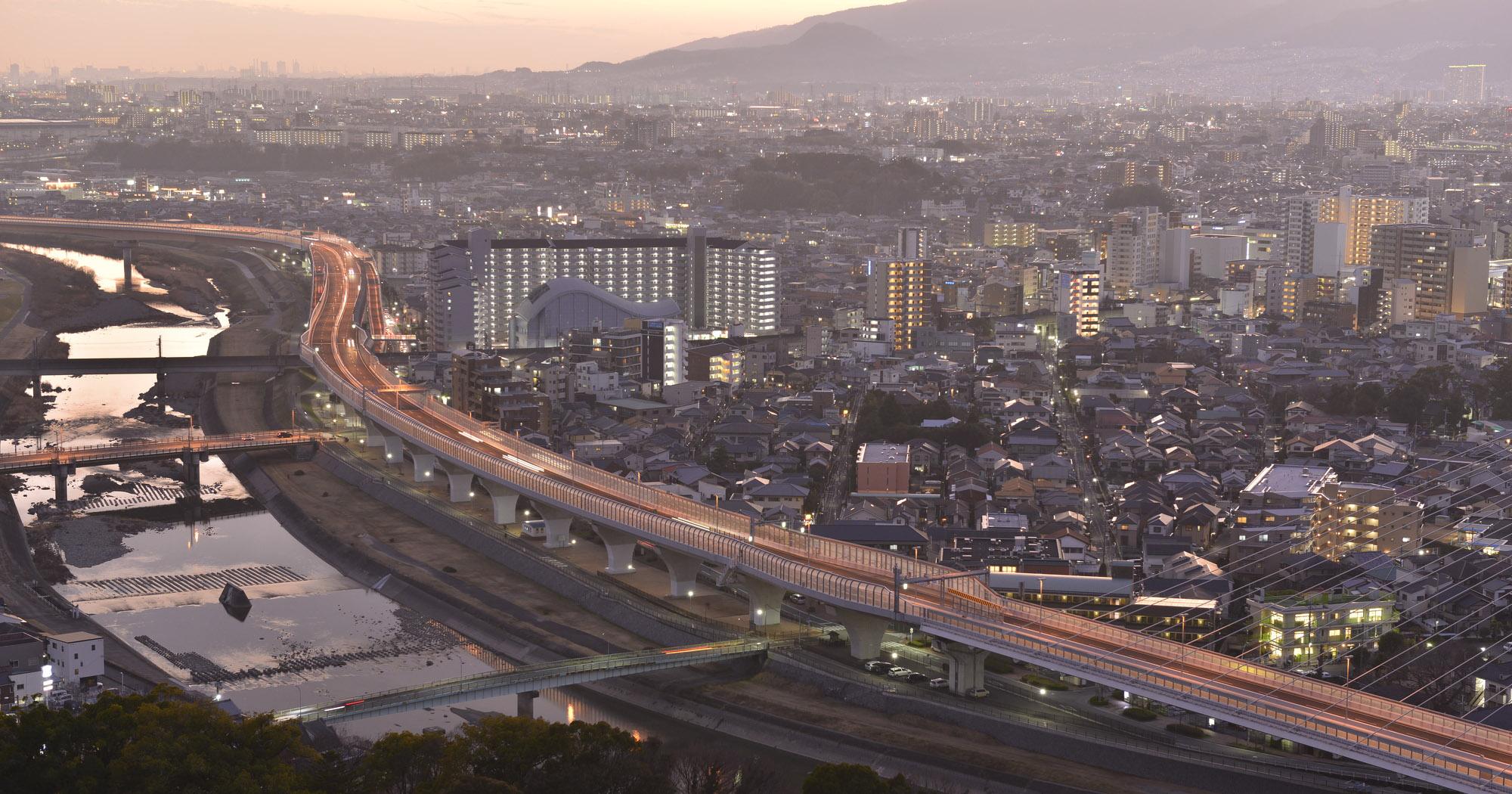 川西市の中心地では次世代型のまちづくりがはじまっています。