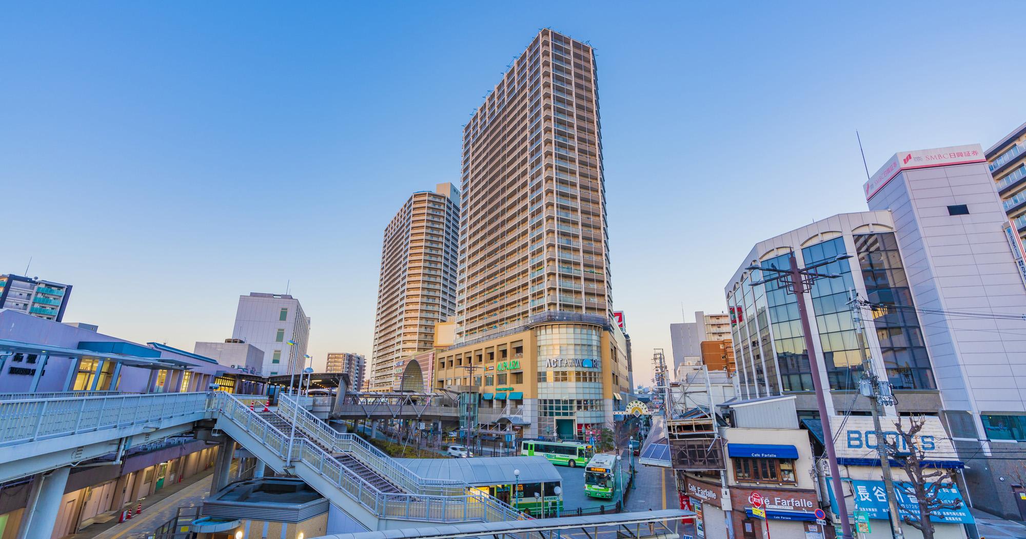 大阪府高槻市で高く不動産を売却するコツと地域情報・相場